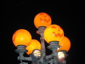 2011_036
